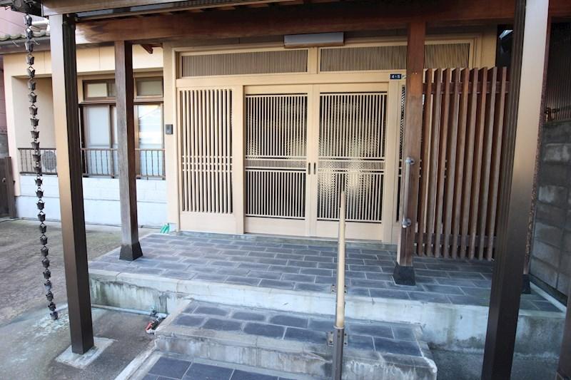 現地写真(玄関)