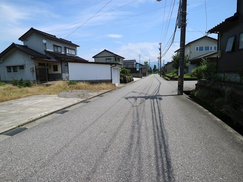 現地写真(前面道路含む現地写真)
